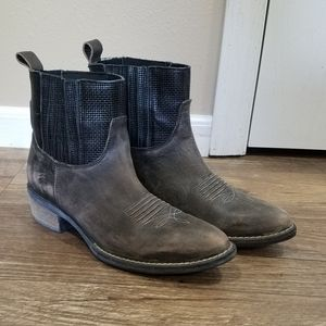 Very Volatile Grey Distressed Boots